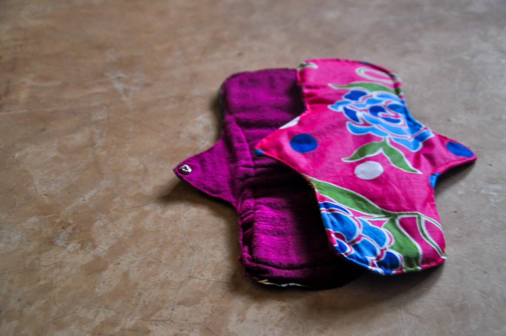reusable-sanitary-pads-barefoot-college